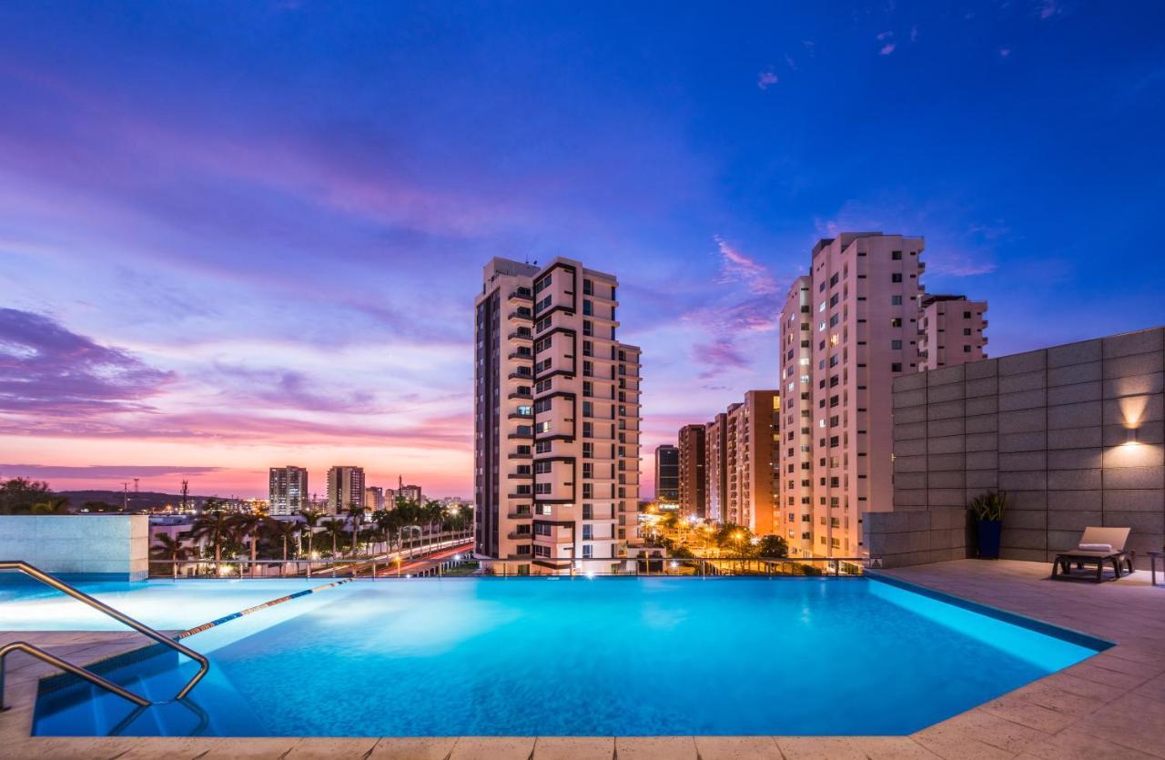 Отель  Отель  Hilton Garden Inn Barranquilla