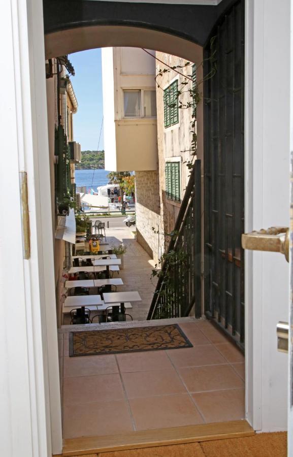 Отель типа «постель и завтрак»  Swan City Apartment & Room  - отзывы Booking
