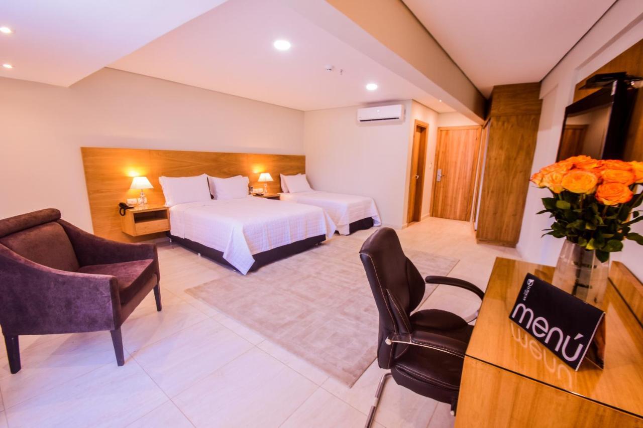 Отель  Отель  Hotel Le Pelican