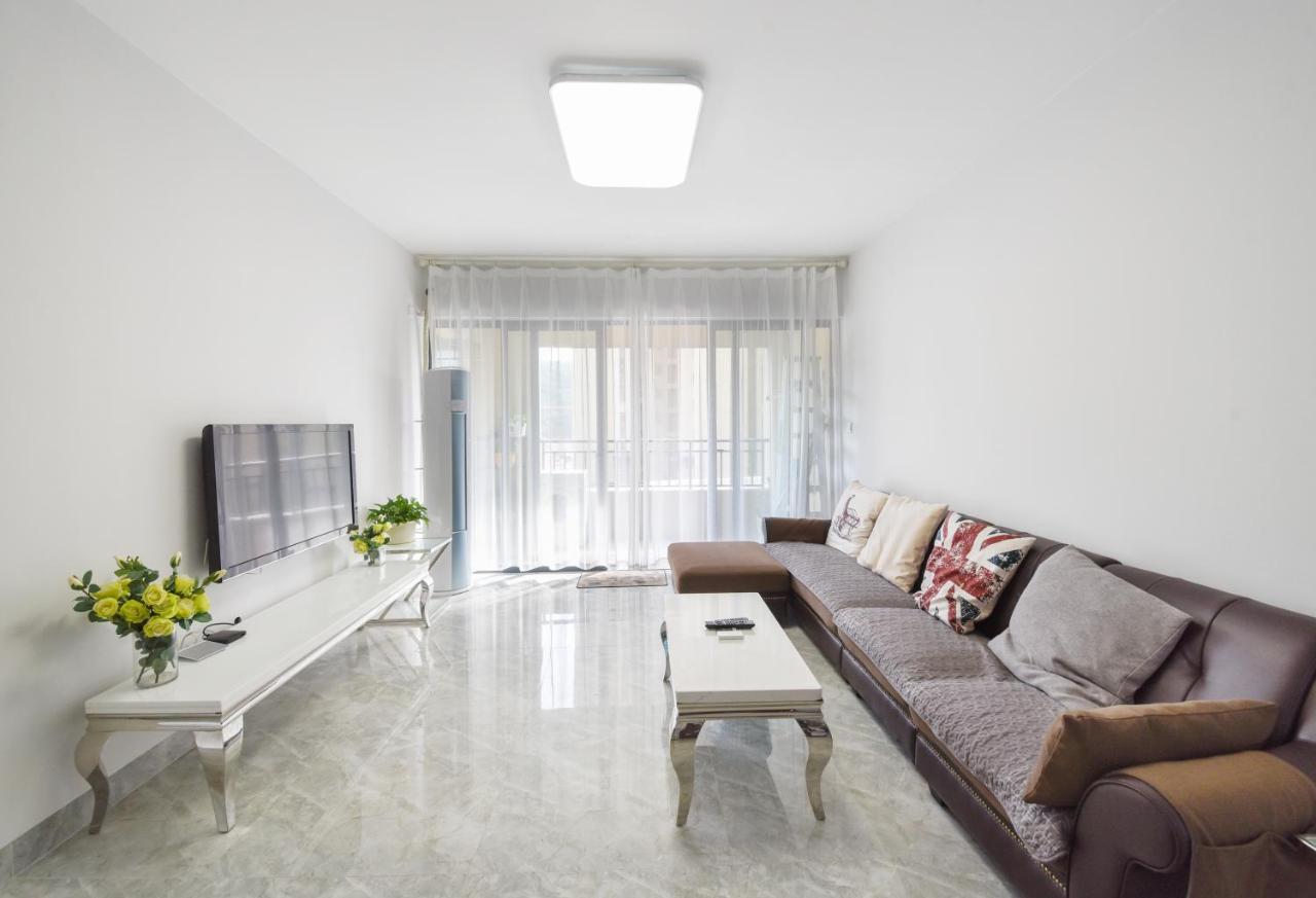 Апартаменты/квартиры  Zhuhai Jinbay Airport Silver Beach Apartment