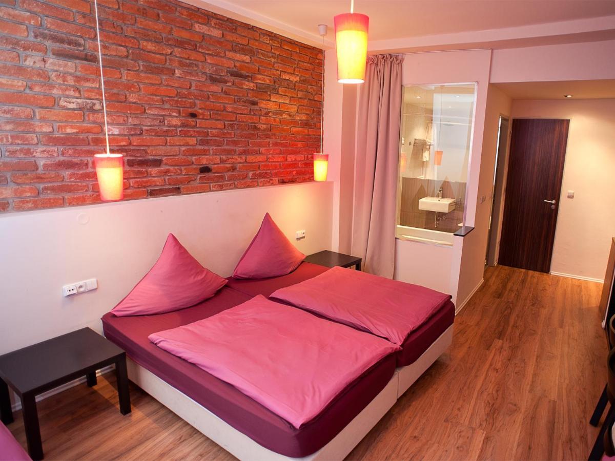 Отель  Hotel PurPur  - отзывы Booking