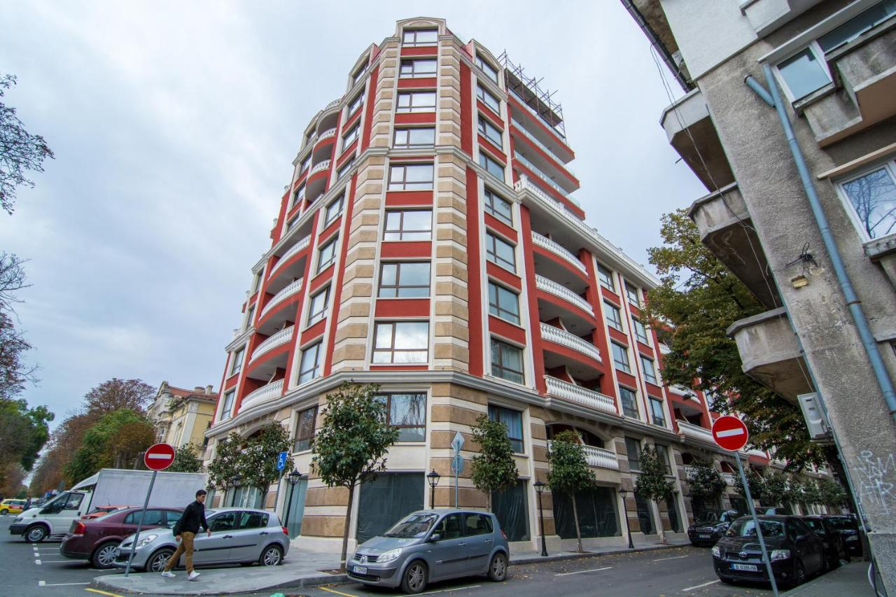 Апартаменты/квартира  Grand Karavel Luxury Apartments