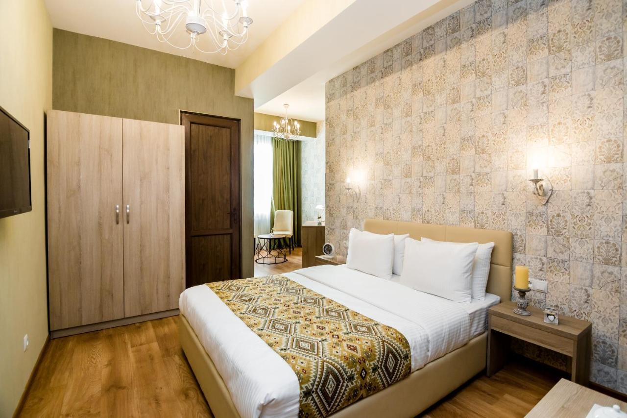 Отель  Hotel Diamond  - отзывы Booking