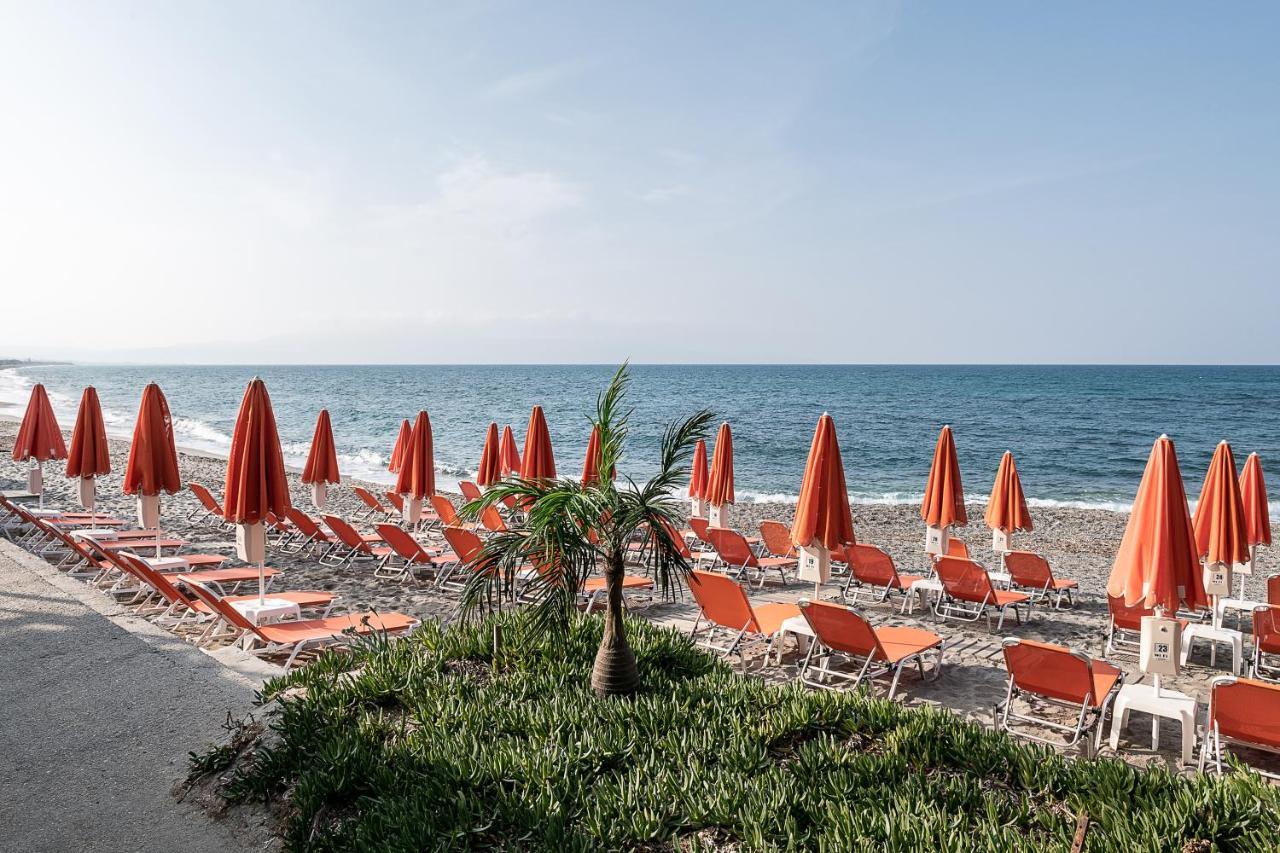 Апарт-отель  Angela Beach