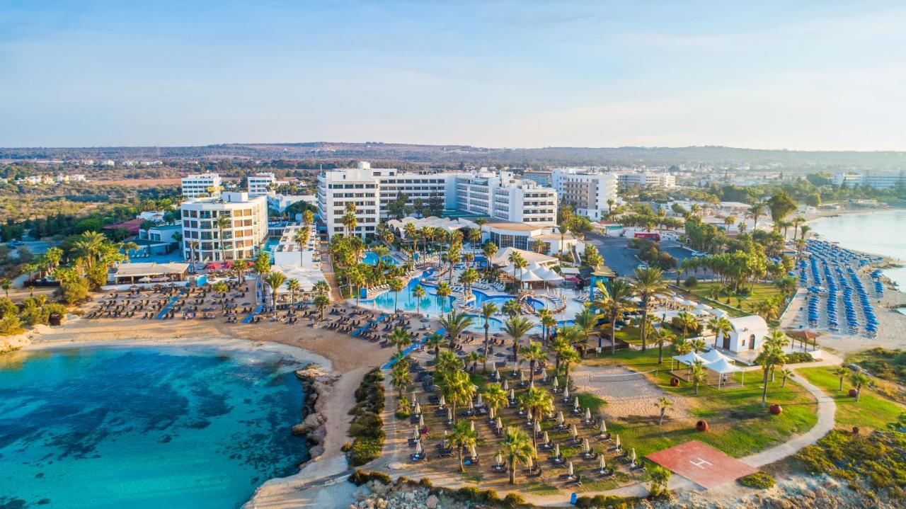 Отель Adams Beach Hotel & Spa Deluxe Wing - Adults Only