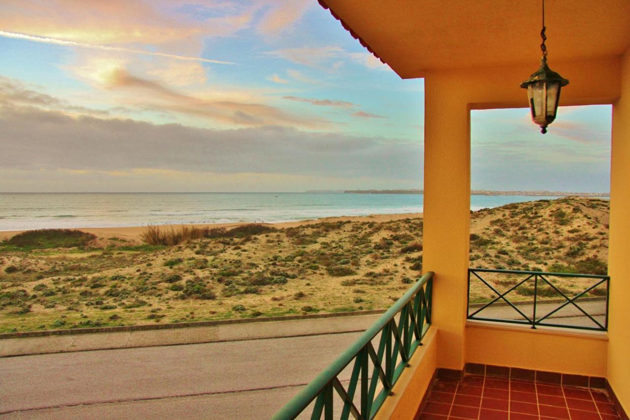 Хостел  Supertubos Beach Hostel  - отзывы Booking