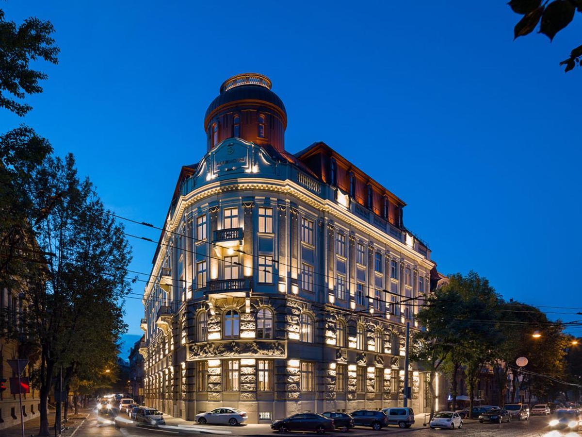 Отель  BANKHOTEL