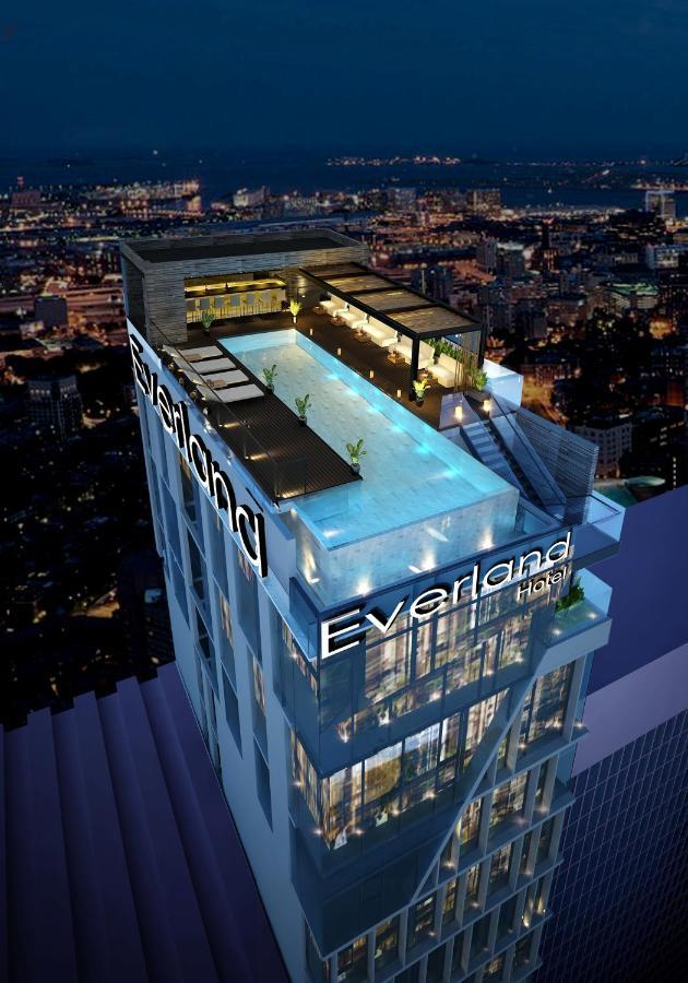 Отель  Everland Hotel