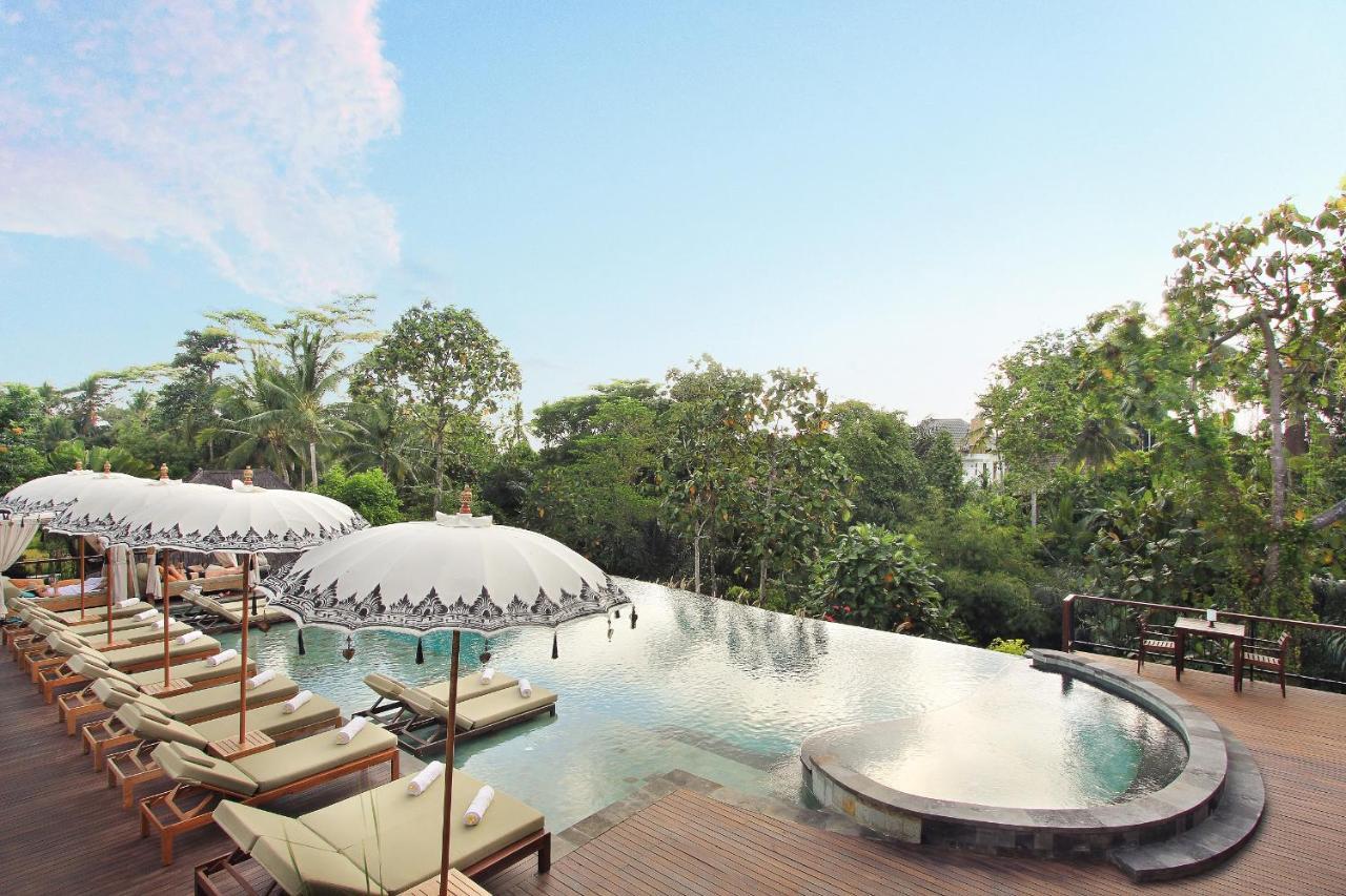 Курортный отель  The Sankara Suites & Villas By Pramana