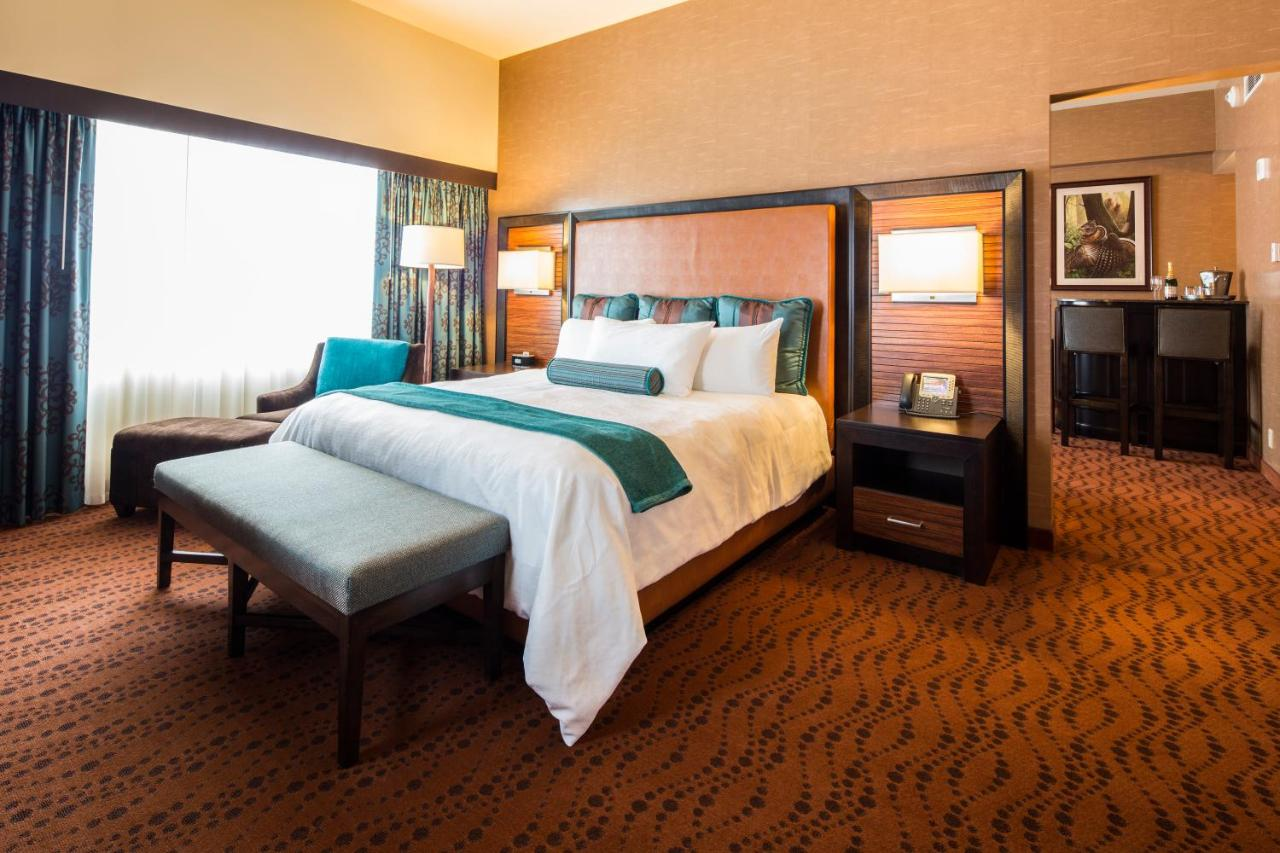 Akwesasne mohawk casino reviews central park casino tavern on the green