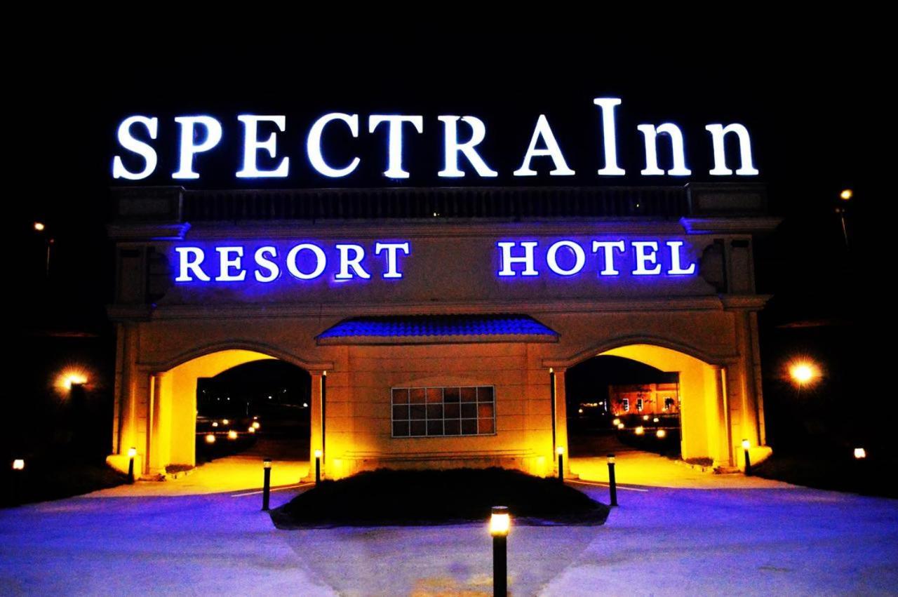 Отель  Отель  Spectra Inn Hotel