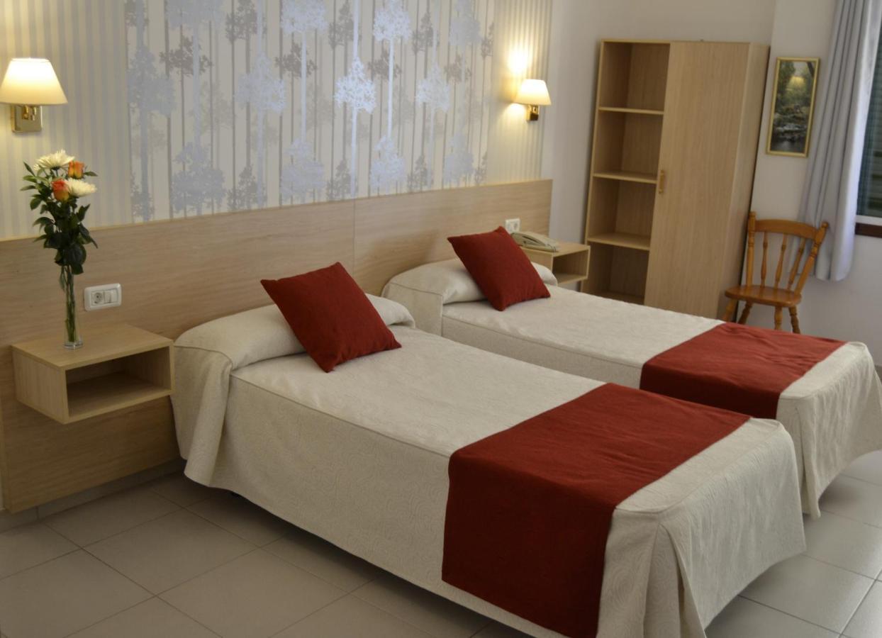 Апарт-отель  Hotel Apartamentos Villa Gomera