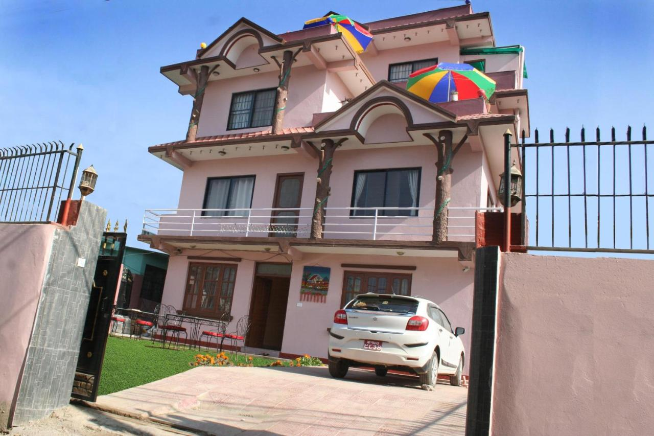 Отель типа «постель и завтрак»  Sitapaila Home Stay And Apartment