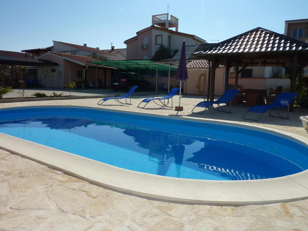 Апартаменты/квартиры  Queen Beach Apartments - Private Pool - Sabunike III