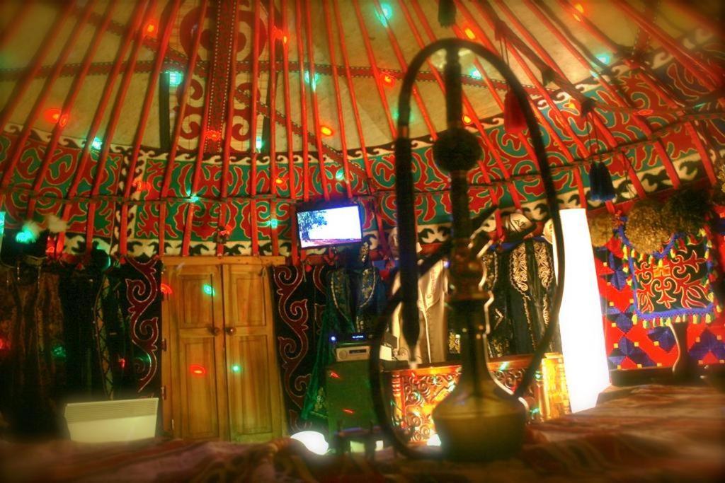 Люкс-шатер  Ханский шатер  - отзывы Booking