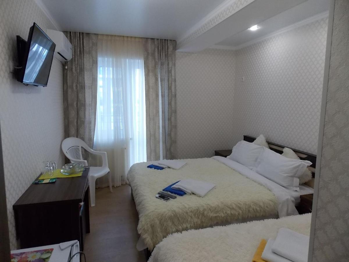 Мини-гостиница  Мини-гостиница  Отель Тёплое море