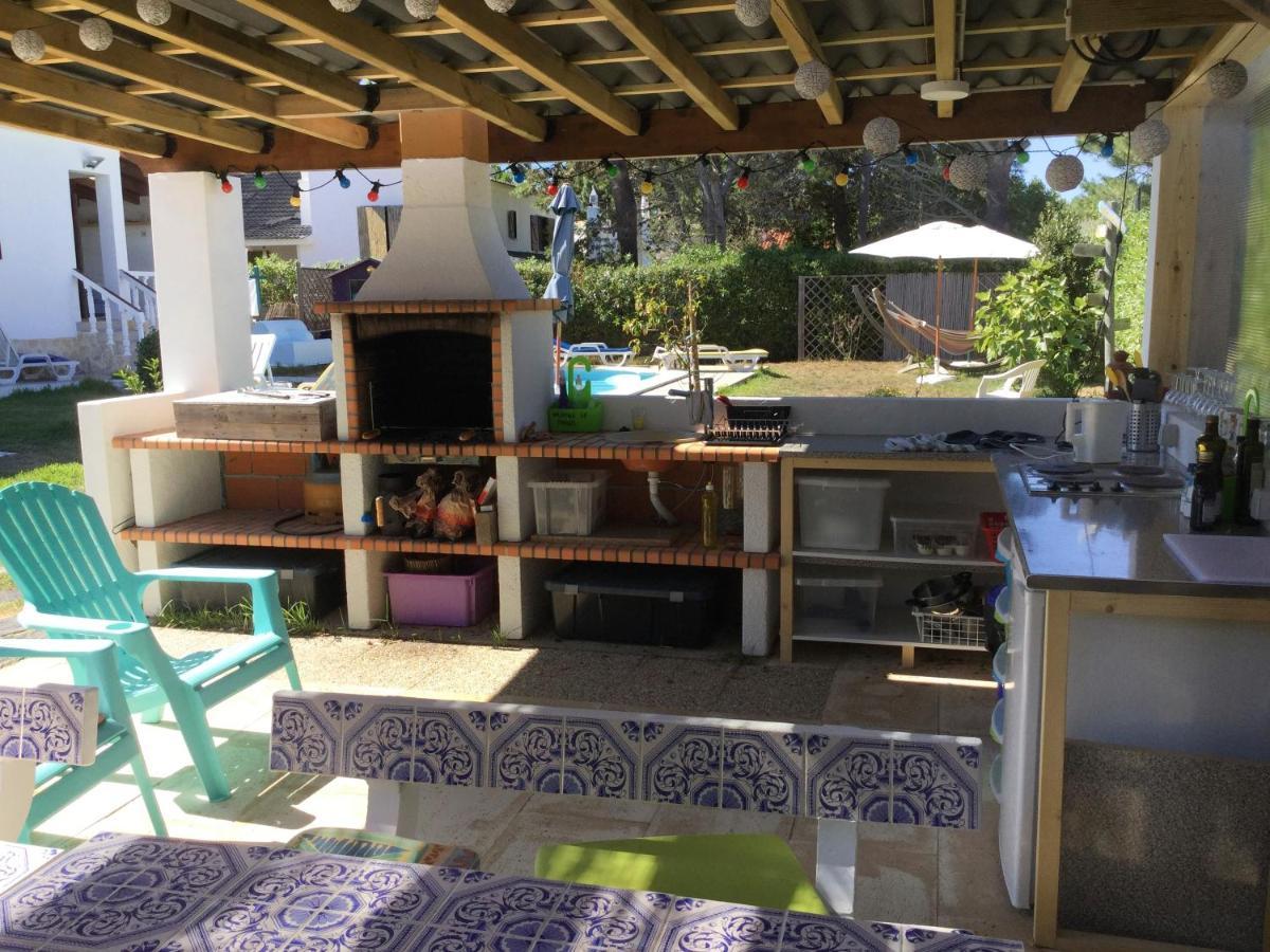 Villa in Vale da Telha   Rental villa in Western Algarve