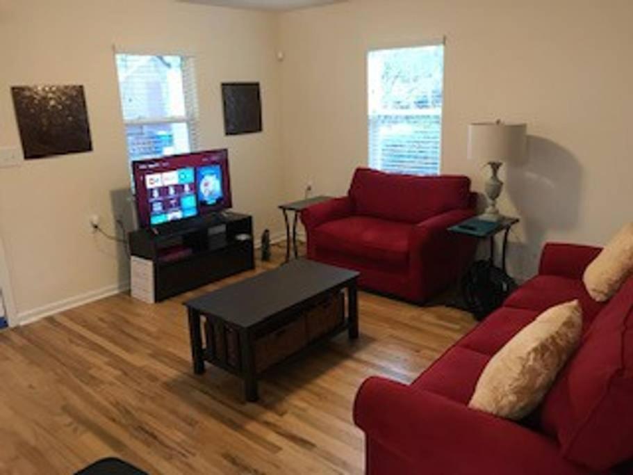 Дом для отпуска  642 McDonald Street Southeast