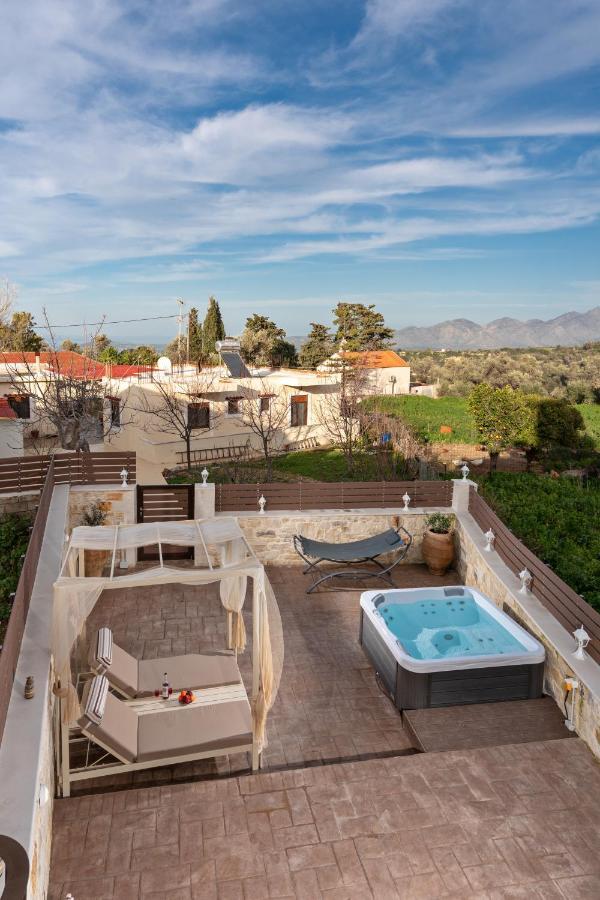 Дом для отпуска  Tzanis Traditional Villa  - отзывы Booking