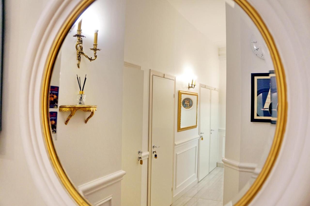 Отель  Скай на Невском  - отзывы Booking