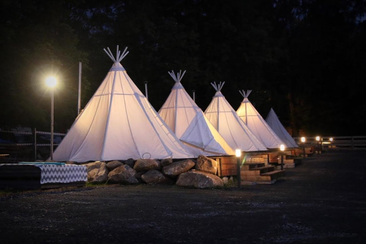 Люкс-шатер  Lapońska Wioska Kalevala  - отзывы Booking