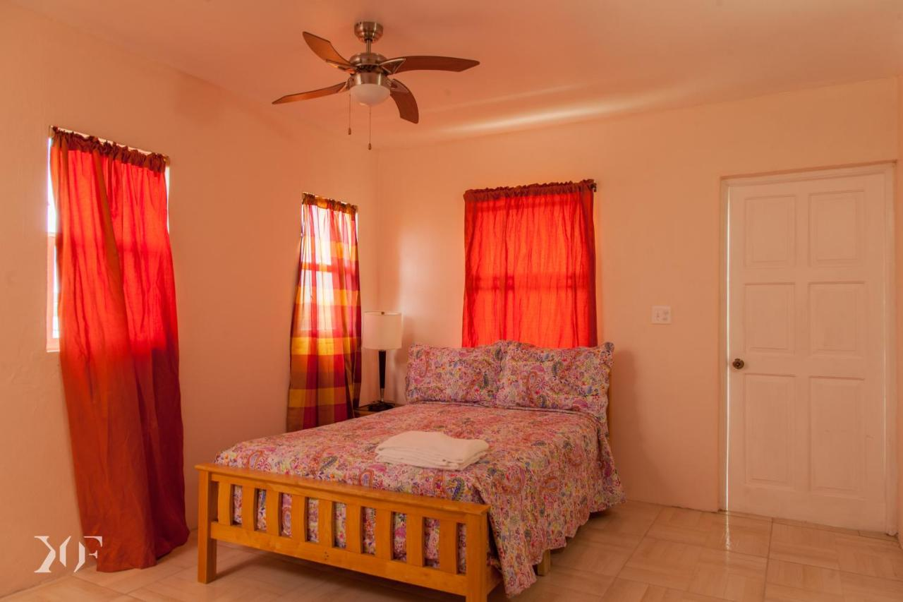 Апарт-отель  Caribbean Holiday Apartment