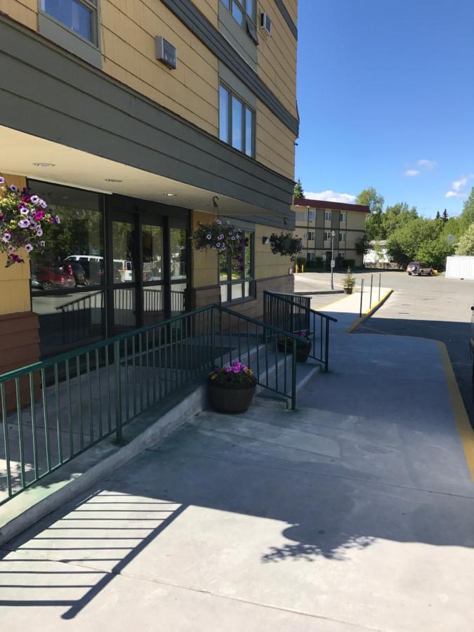 Мотель  Мотель  Americas Best Value Inn & Suites Anchorage Airport