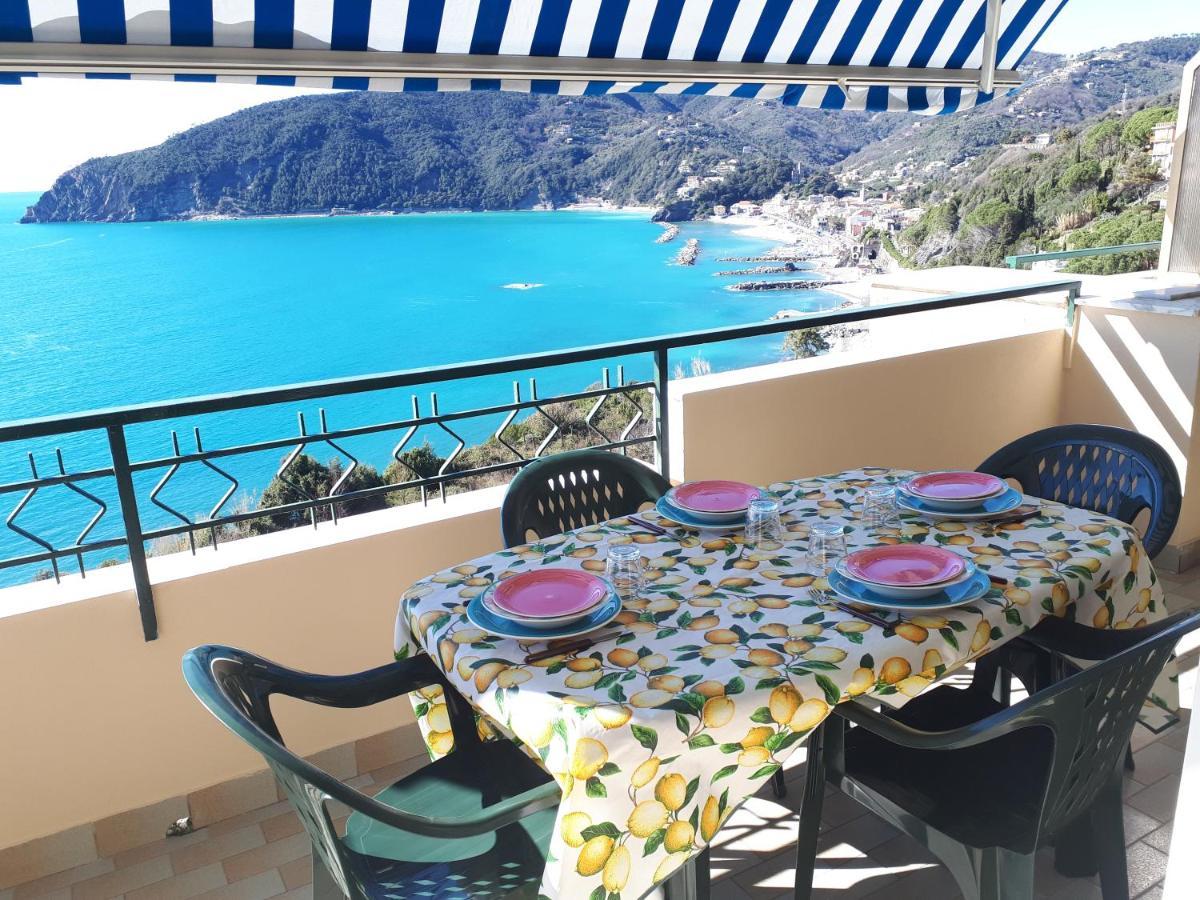 Апартаменты/квартира  Appartamenti Enrica with amazing view  - отзывы Booking