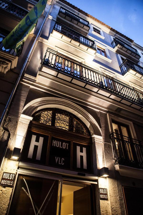 Гостевой дом  Hulot B&B Valencia