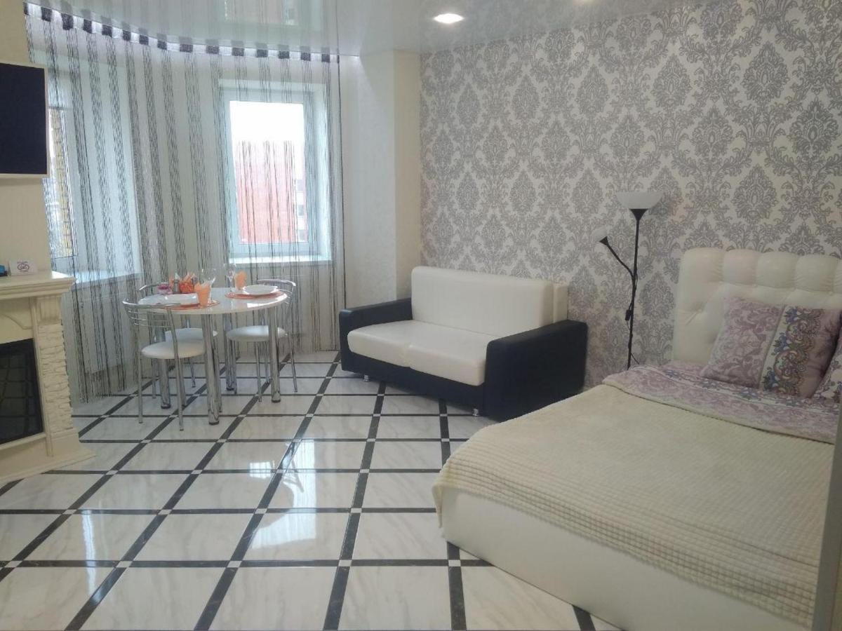 Апартаменты/квартира  PaulMarieApartments On General Beloborodov Street