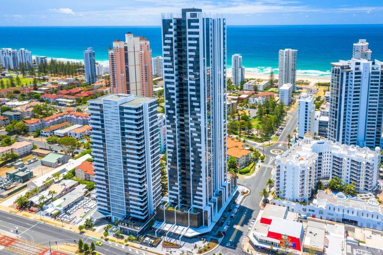 Апартаменты/квартира  Qube Broadbeach Ocean View Apartments  - отзывы Booking
