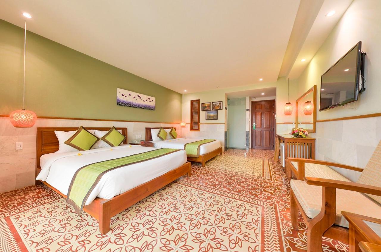 Отель  Green Heaven Hoi An Resort And Spa