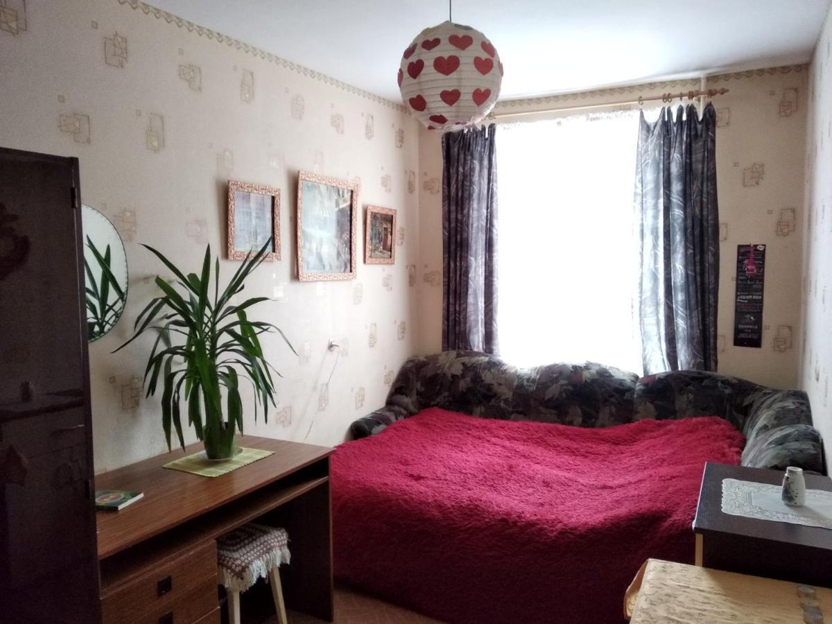 Проживание в семье  Комната в 2-комнатной квартире