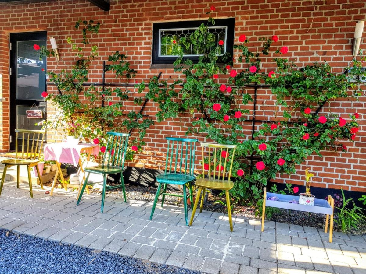 Гостевой дом  Гостевой дом  Tango Garden Holiday Homes