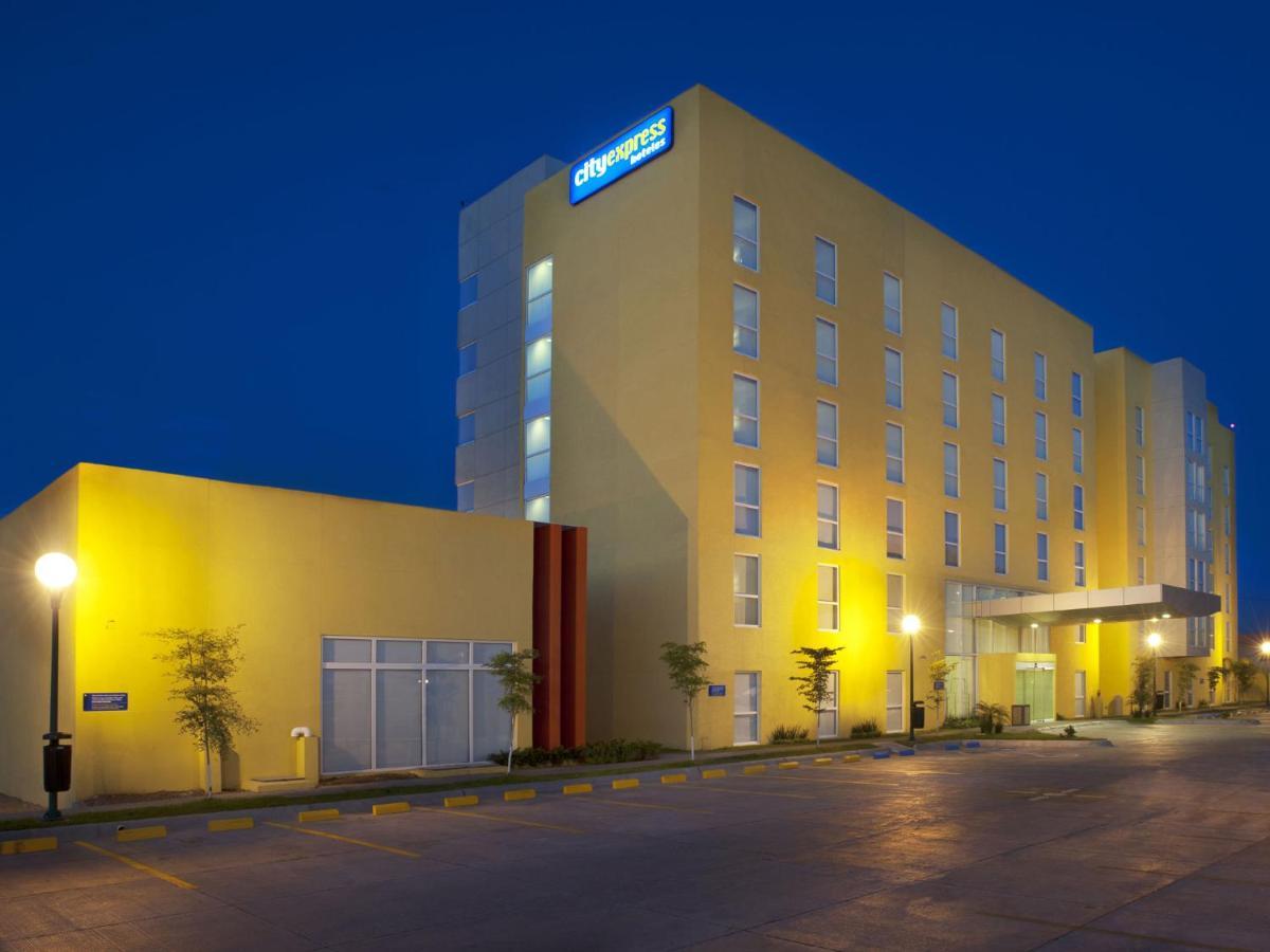 Отель  City Express Ciudad Obregon  - отзывы Booking