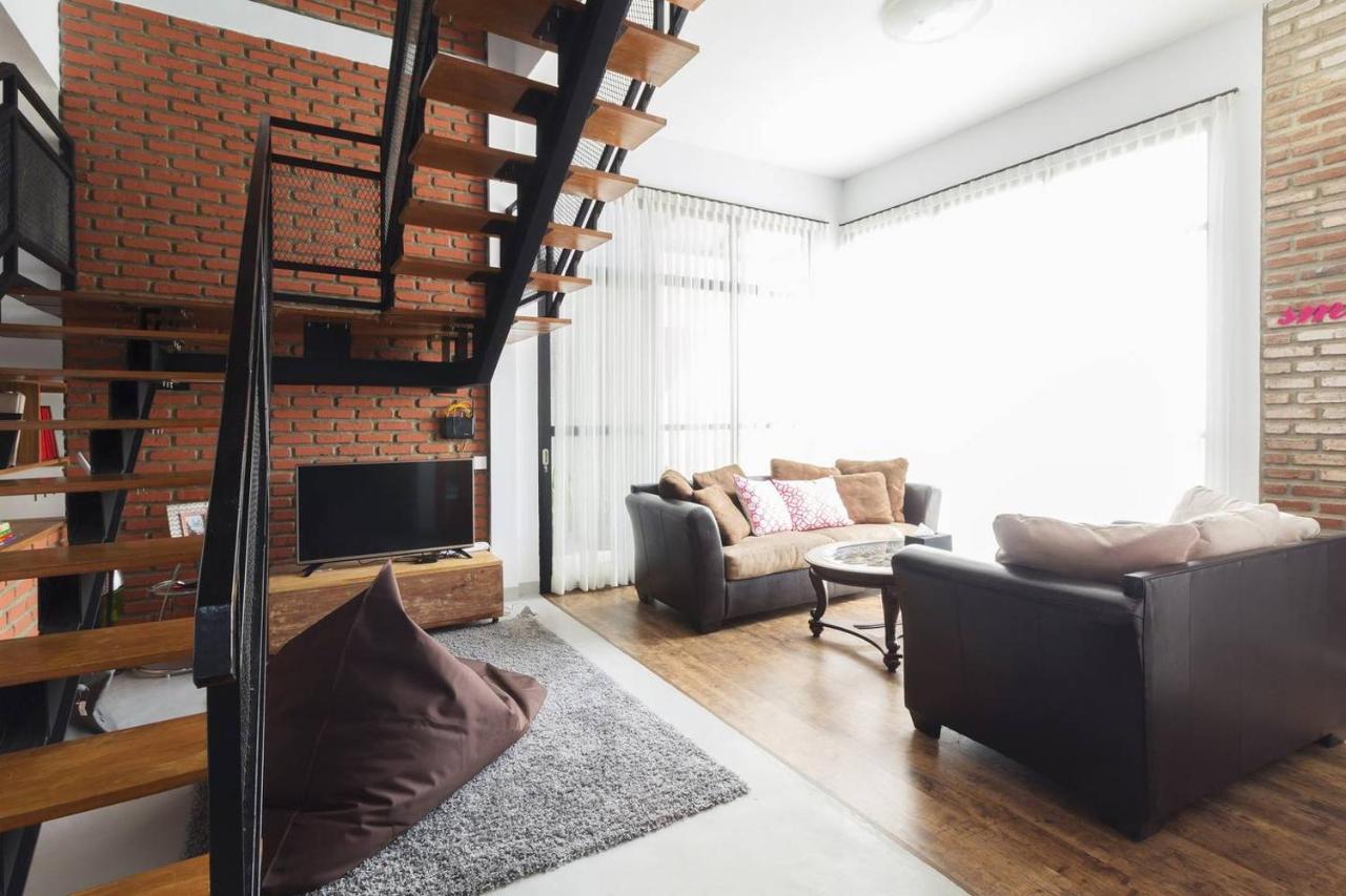 airbnb bandung