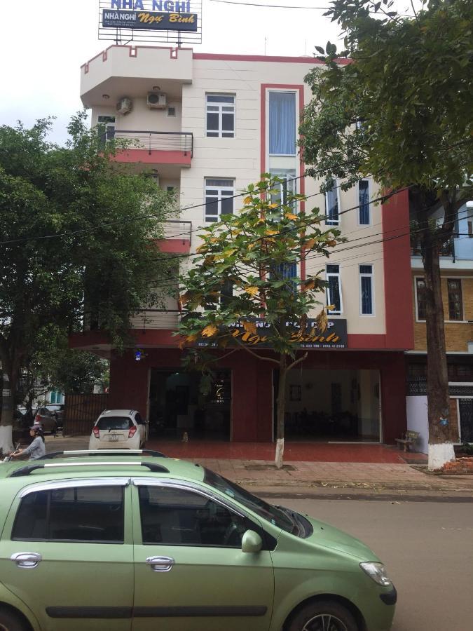 Отель типа «постель и завтрак»  Отель типа «постель и завтрак»  Nhà Nghỉ NGƯ BÌNH