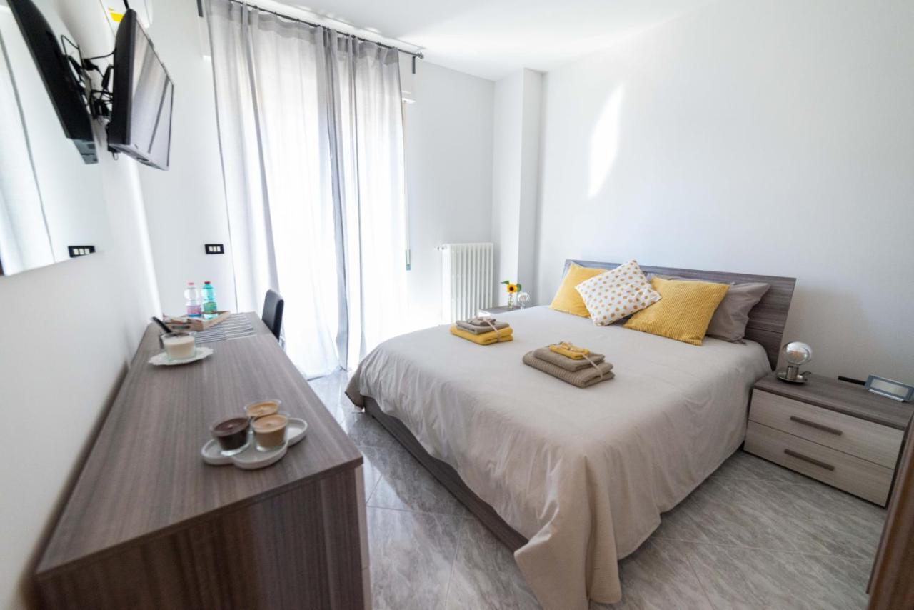 Отель типа «постель и завтрак»  Dei Mille B&B