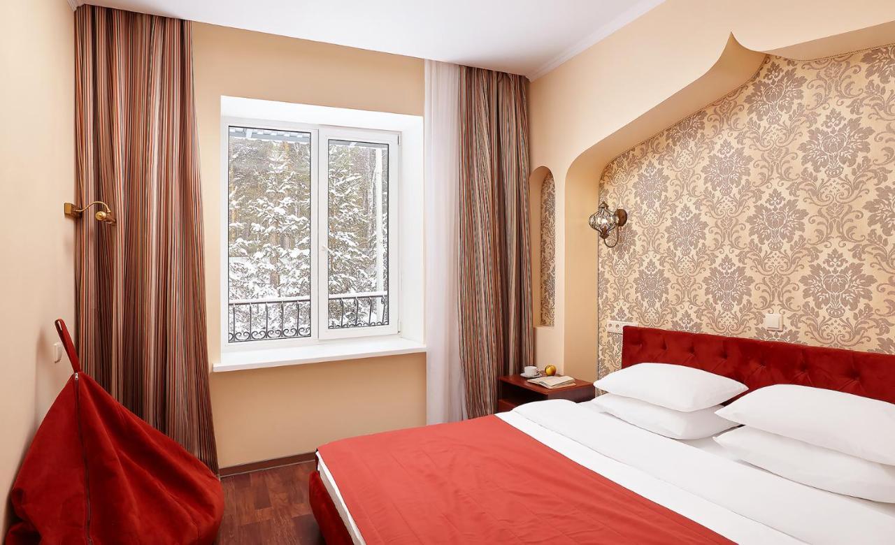 Отель  Семейный Курорт Утес  - отзывы Booking