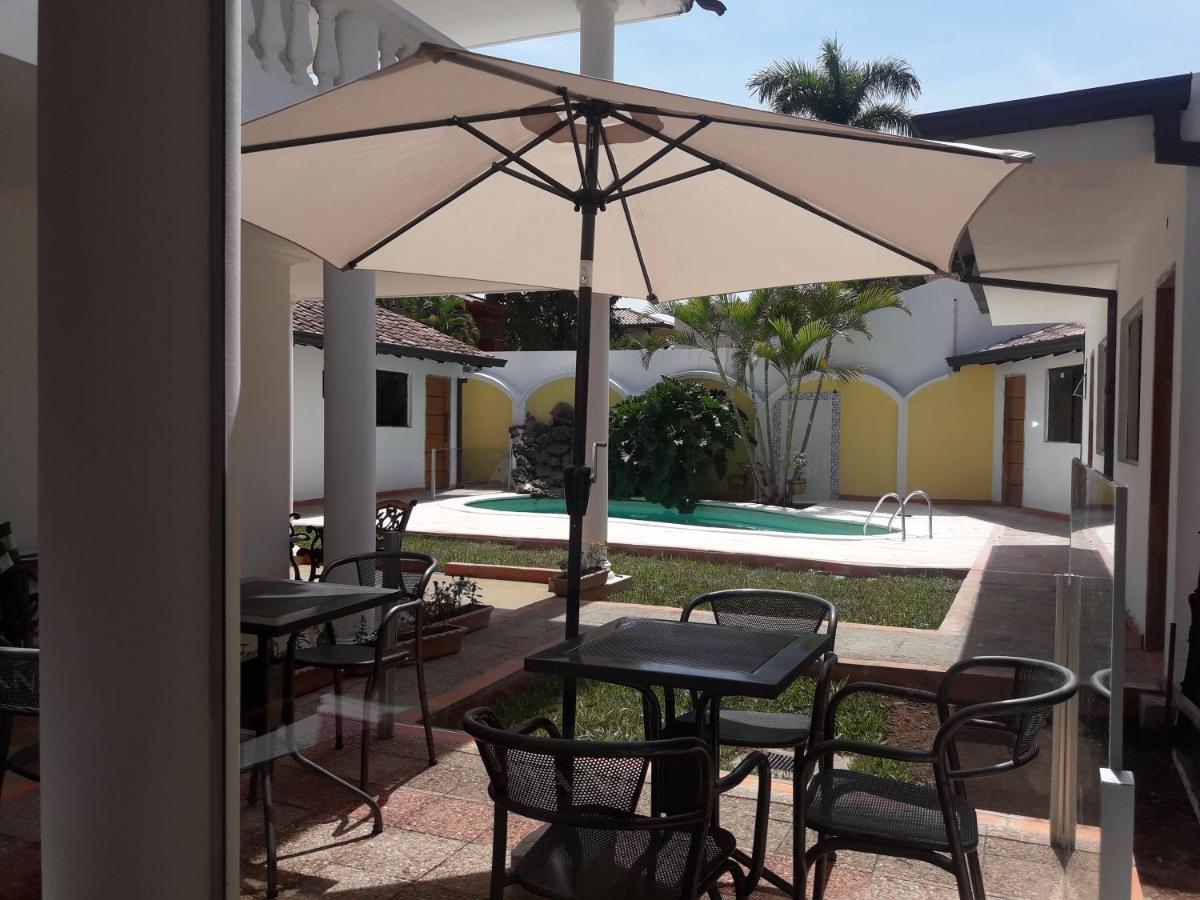Отель  Отель  Hotel Casa Jardin
