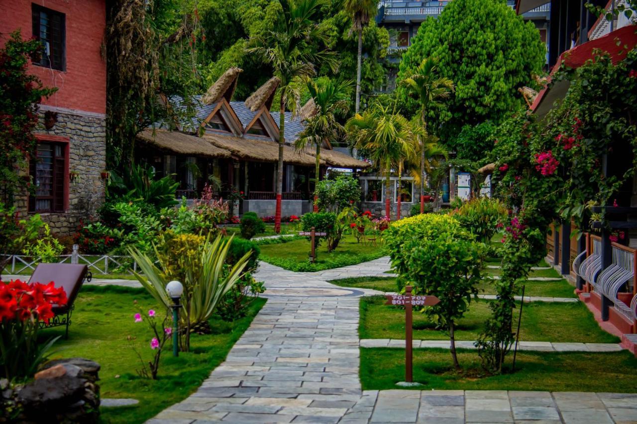 Курортный отель  Lake View Resort  - отзывы Booking