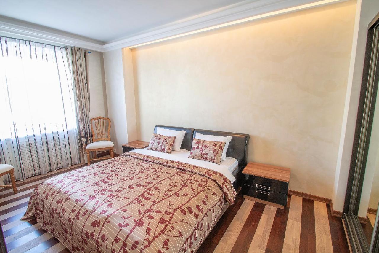 Апартаменты/квартира Bliss aparts Centre- Deputatskaya A - отзывы Booking