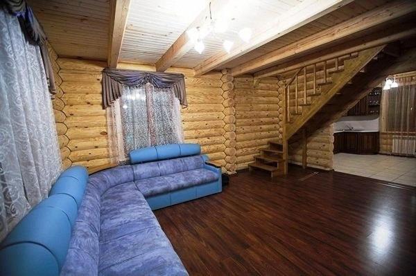 Дом для отпуска  Усадьба из сруба с баней
