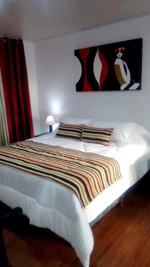 Отель  VIVIAN HOTEL BOUTIQUE  - отзывы Booking