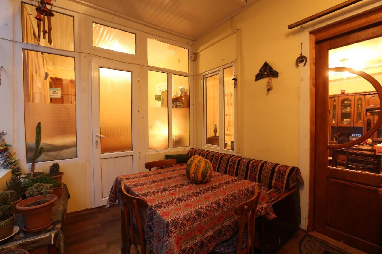 Отель типа «постель и завтрак»  Отель типа «постель и завтрак»  Ruzanna's Bed & Breakfast