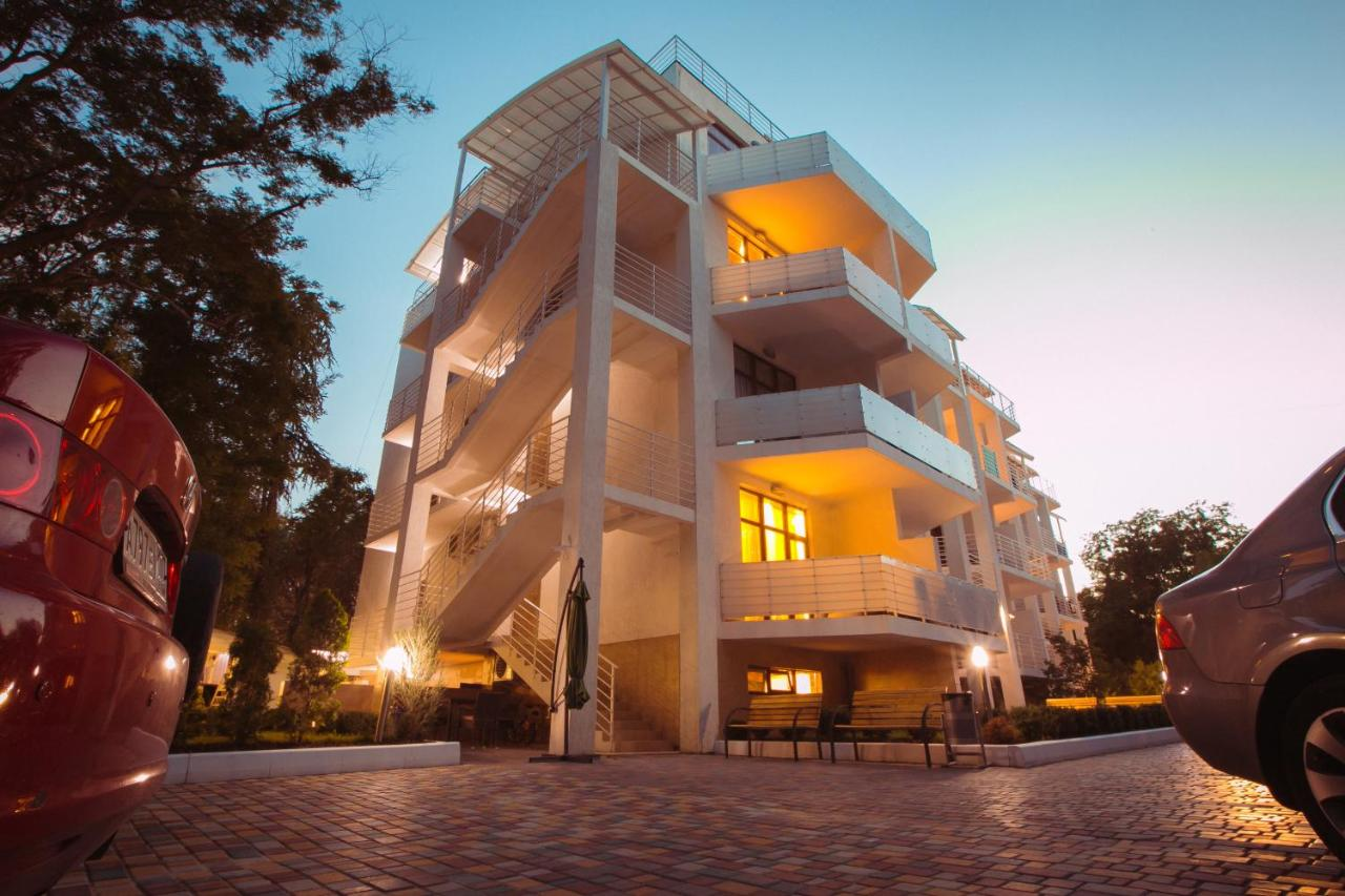 Фото  Апарт-отель  Art Hotel KOKTEBEL APARTMENTS