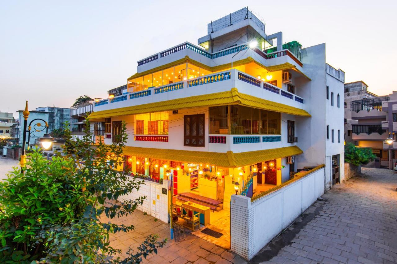 Хостел  goSTOPS Varanasi  - отзывы Booking