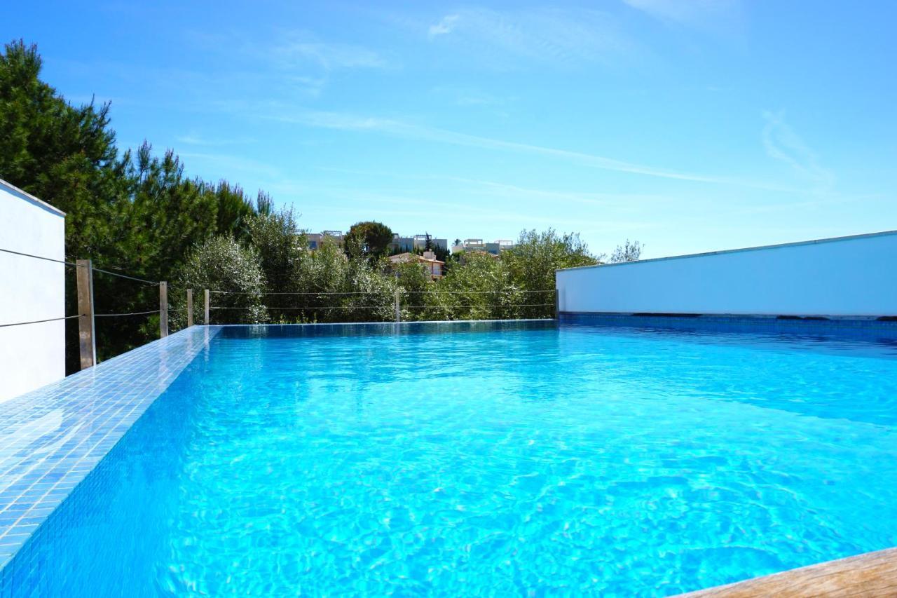 Вилла  Private Villa with pool - Beach front - Sea Views - Cala Mendia, Porto Cristo  - отзывы Booking