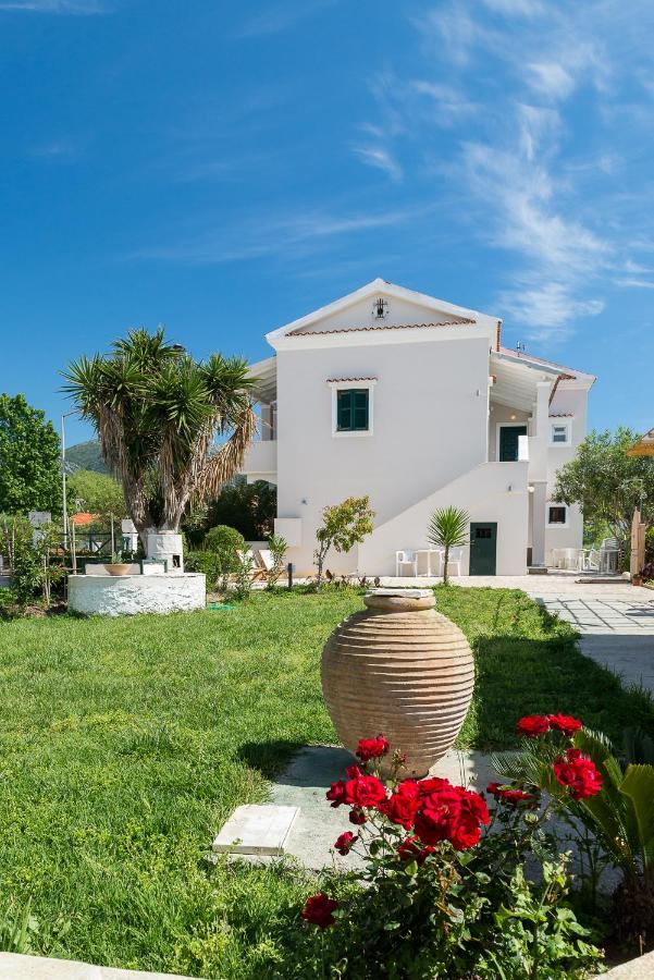 Апарт-отель  Marias Seaside Apartments  - отзывы Booking