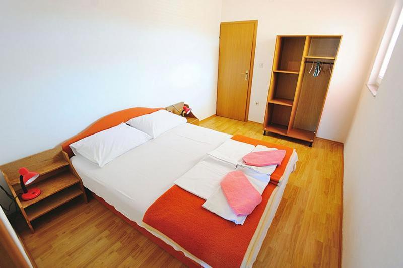 Фото  Гостевой дом  Bed In Gabriel's Place